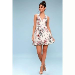 Lulu's Small Seeing Chic Ivory Floral Dress